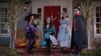 Trick-or-Treat for UNICEF TV Spot, 'Calling All Superheroes!' - Thumbnail 2