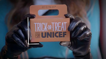 Trick-or-Treat for UNICEF TV Spot, 'Calling All Superheroes!' - Thumbnail 8