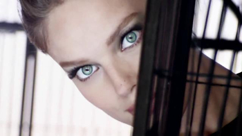 Maybelline New York Real Impact TV Spot, 'Volume Gets Real' - Thumbnail 2