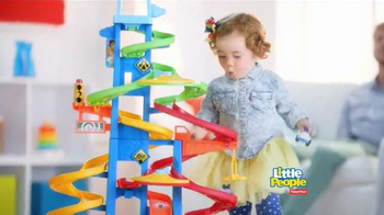 Fisher Price Little People City Skyway TV Spot, 'Boy's Drive with Dad' - Thumbnail 9
