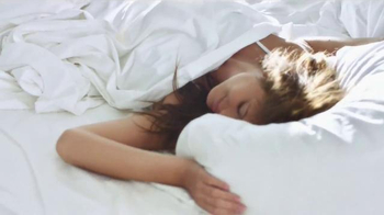 Downy TV Spot, 'The Story of the Irresistible Bed: Wash in the Wow' - Thumbnail 5