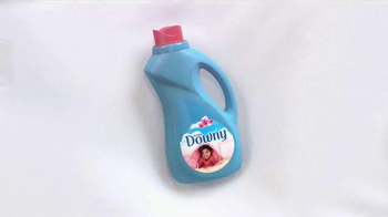 Downy TV Spot, 'The Story of the Irresistible Bed: Wash in the Wow' - Thumbnail 8