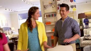 Bassett Custom Furniture Sale TV Spot, 'HGTV Home Design Studio' - Thumbnail 6