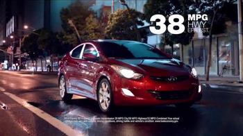 2014 Hyundai Elantra TV Spot, 'Stay Hyundai Smart' - Thumbnail 7