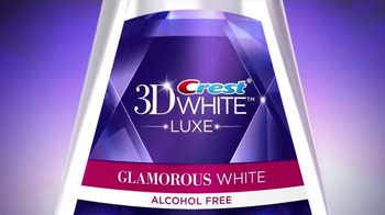 Crest 3D White Luxe TV Spot, 'The Power to Captivate' Featuring Shakira - Thumbnail 8