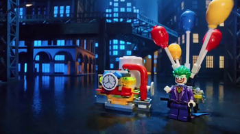 LEGO Batman Movie Sets TV Spot, 'Chase Down Villains' - Thumbnail 2