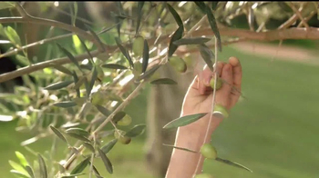 Garnier Whole Blends Legendary Olive TV Spot, 'Hidratar cabello' [Spanish] - Thumbnail 3