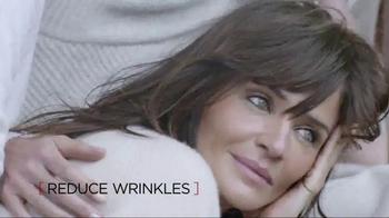 L'Oreal Paris Revitalift TV Spot, 'One Team' - Thumbnail 5