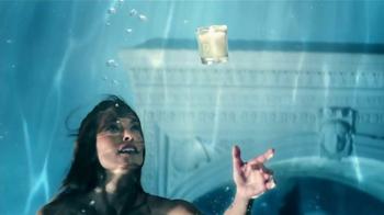 Glade Atmosphere No.3 TV Spot, 'Respira profundamente' [Spanish] - Thumbnail 5