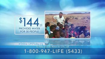LIFE Outreach International TV Spot, 'Clean Water' - Thumbnail 5