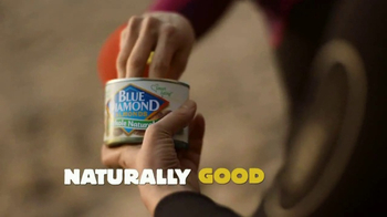 Blue Diamond Almonds TV Spot, 'Pool'