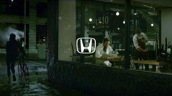 2017 Honda CR-V TV Spot, 'The Chase' [T1] - 864 commercial airings