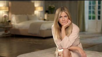 Aveeno TV Spot, 'Ve a dormir' con Jennifer Aniston [Spanish] - Thumbnail 2