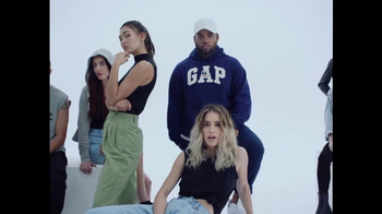 Gap TV Spot, 'Generation Gap: The Archive Reissue' - Thumbnail 8