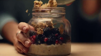 Quaker Oats TV Spot, 'How Do You Overnight Oats?' - Thumbnail 4