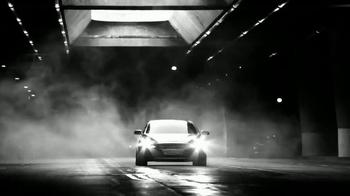 2017 Genesis G80 TV Spot, 'Balancing Act' - Thumbnail 6