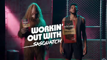 Jack Link's TV Spot, 'SasquatchWorkout: Vest' Featuring Karl-Anthony Towns - Thumbnail 1