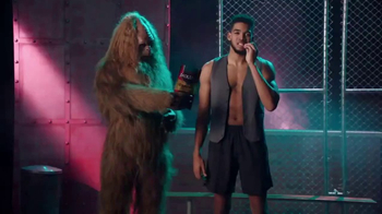 Jack Link's TV Spot, 'SasquatchWorkout: Vest' Featuring Karl-Anthony Towns - Thumbnail 9