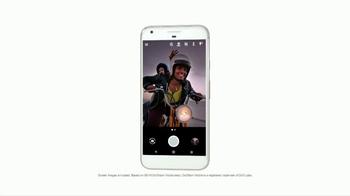 Google Pixel TV Spot, 'Scooter' - Thumbnail 6