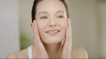 Cetaphil Gentle Skin Cleanser TV Spot, 'Healthy Skin' - Thumbnail 2