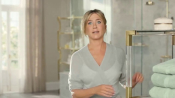 Aveeno Positively Radiant In-Shower Facial TV Spot, '60 Seconds' - Thumbnail 1