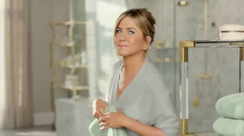 Aveeno Positively Radiant In-Shower Facial TV Spot, '60 Seconds' - Thumbnail 3