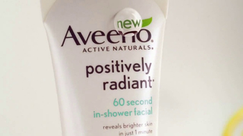 Aveeno Positively Radiant In-Shower Facial TV Spot, '60 Seconds' - Thumbnail 4