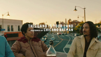 Johnnie Walker TV Spot, 'This Land Is Your Land' Featuring Chicano Batman - Thumbnail 2