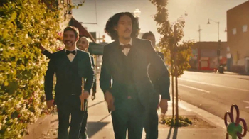 Johnnie Walker TV Spot, 'This Land Is Your Land' Featuring Chicano Batman - Thumbnail 5