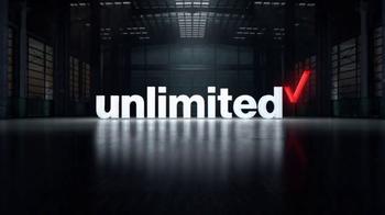 Verizon Unlimited TV Spot, 'Se lo merece' [Spanish] - Thumbnail 2