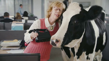 Chick-fil-A TV Spot, 'CowzVR Delivery' Song by Starship - Thumbnail 4