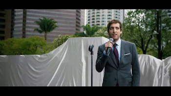 Verizon Unlimited TV Spot, \'Drop the Mic\' Featuring Thomas Middleditch