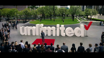 Verizon Unlimited TV Spot, 'Drop the Mic' Featuring Thomas Middleditch - Thumbnail 5