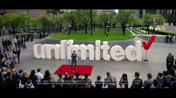 Verizon Unlimited TV Spot, 'Drop the Mic' Featuring Thomas Middleditch - Thumbnail 7