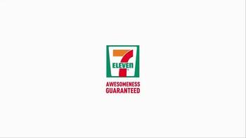 7-Eleven Chicken Sandwich TV Spot, 'Awesomeness' - Thumbnail 9
