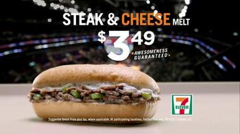 7-Eleven Steak & Cheese Melt TV Spot, 'Green Screen' - Thumbnail 8