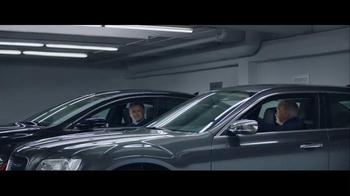 2016 Chrysler 200 & 300 TV Spot, 'Picks' Feat. Martin Sheen, Bill Pullman - Thumbnail 6