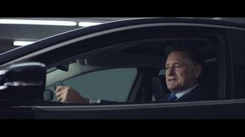 2016 Chrysler 200 & 300 TV Spot, 'Picks' Feat. Martin Sheen, Bill Pullman - Thumbnail 7