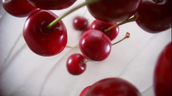 Fage Total 0% Cherry Split Cup TV Spot, 'Nothing More. Never Less: Cherry' - Thumbnail 2