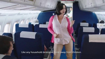Gain Detergent TV Spot, 'Long Travel Day' Song by Tag Team - Thumbnail 5