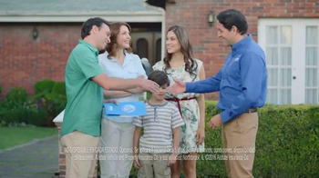 Allstate TV Spot, 'Mala Suerte: De Vacaciones con los Suarez' [Spanish] - Thumbnail 10