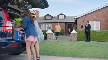Allstate TV Spot, 'Mala Suerte: De Vacaciones con los Suarez' [Spanish] - Thumbnail 4