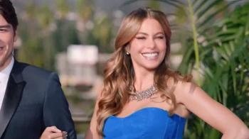 Head & Shoulders TV Spot, 'La Alfombra Roja' con Sofía Vergara [Spanish] - Thumbnail 10