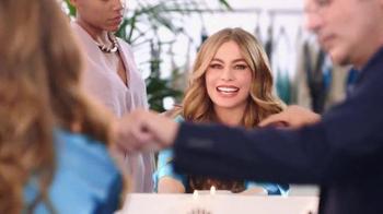 Head & Shoulders TV Spot, 'La Alfombra Roja' con Sofía Vergara [Spanish] - Thumbnail 2