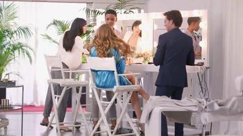 Head & Shoulders TV Spot, 'La Alfombra Roja' con Sofía Vergara [Spanish] - Thumbnail 3