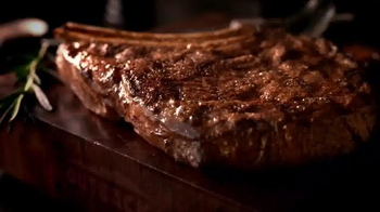 Outback Steakhouse Natural Cut Bone-In Ribeye TV Spot, 'Sizzle' - Thumbnail 4