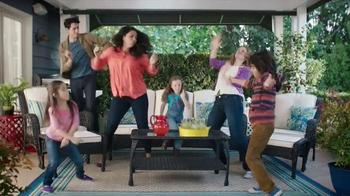 Big Lots TV Spot, 'Gettin' It: Patio Set' - Thumbnail 3