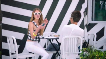 Colgate High Impact White TV Spot, 'DesignerSmile' - Thumbnail 7