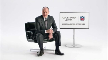 NFL TV Spot, 'Boyfriend Troubles' Featuring Rich Eisen - Thumbnail 6