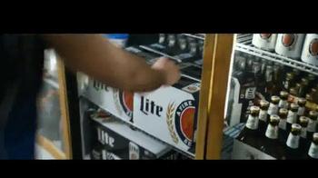 Miller Lite TV Spot, 'Una quinta' [Spanish] - Thumbnail 5